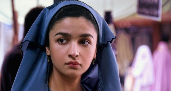 Alia's Raazi new look Image