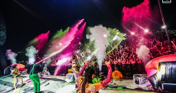Life In Color India - Everything you need to know Image