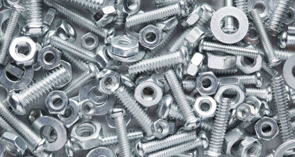 Choosing Fasteners for Valve Applications Image
